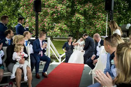 婚禮攝影師Corrine Ponsen(ponsen)。11.06.2017的照片