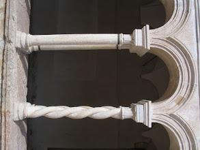 Photo: Particolare delle colonne