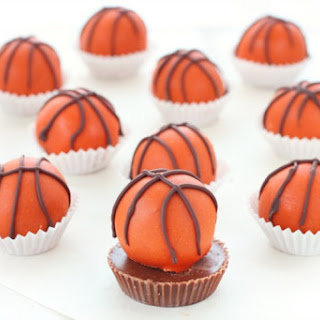 Reese's Peanut Butter And Chocolate Truffle Basketballs.