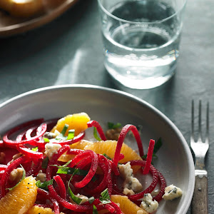 Beet Orange and Walnut Salad