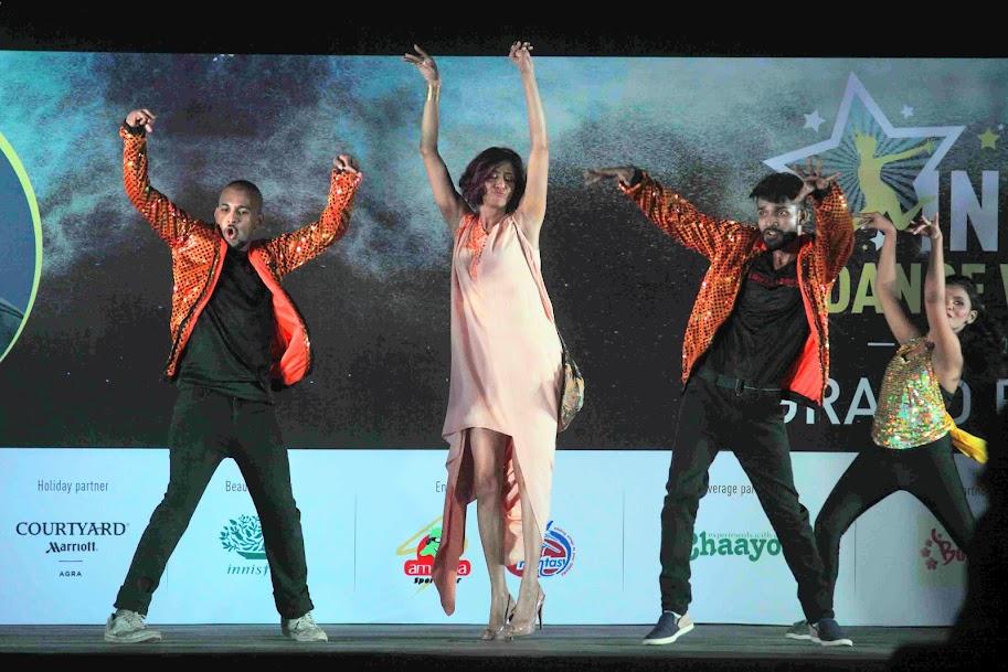 Anchit Kaur dancing at Sandip Soparrkar's 4th Indian Dance Week