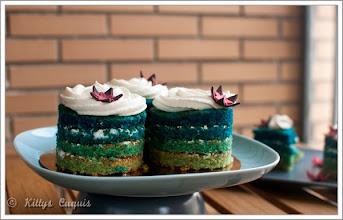 Photo: blue layer minicakes para Patri - http://kittyscuquis.wordpress.com/2012/05/18/blue-layer-minicakes-para-mi-otra-mitad-bloguera/ - Tamra - Madrid -Nikkon D90