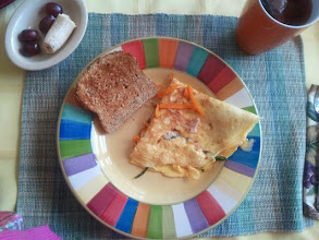 Photo: A wonderful Sunday brunch prepared by my friend Chris. I am grateful for her friendship and the nice food.