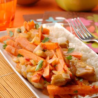 Sambal Manis-worteltjes met kip