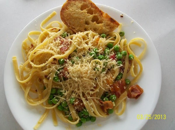 Fettuccine With Bacon And Peas Recipe