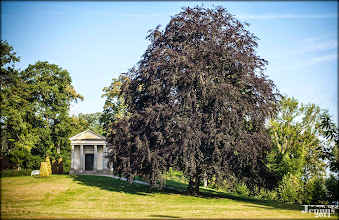 Photo: romantic castle garden with memorial for Queen Louise