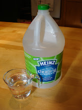 Photo: Mix one half cup of boiling water, to a half cup of Heinz Cleaning Vinegar.