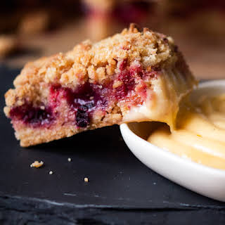 Berry Streusel Slices with White Chocolate Custard Dip.