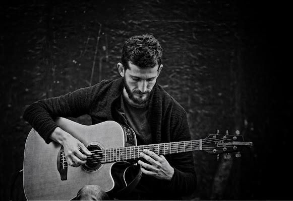 Street's guitarist di Norman_Bates