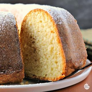 Easy Bourbon Butter Cake