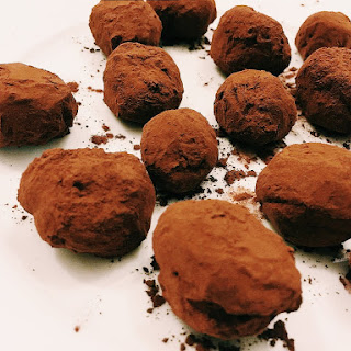 Paleo Chocolate Caramel Truffles
