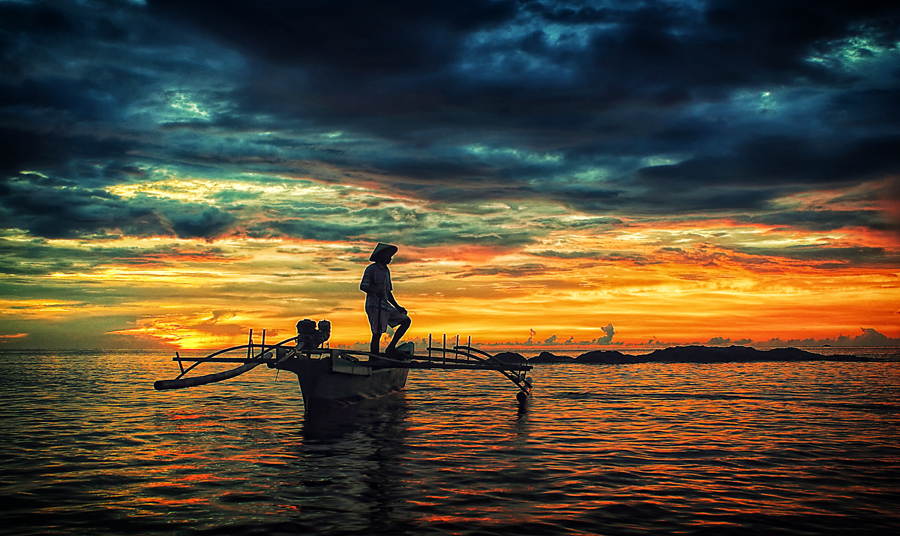 fisherman by Wanto Mongilong - Landscapes Waterscapes