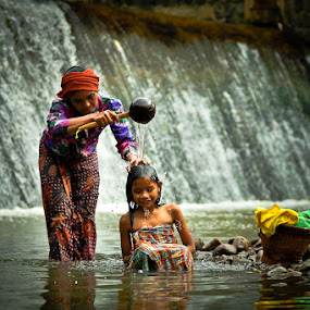 Mother's Love by Daniel Karamoy - People Family ( indonesia, human interest, villages )