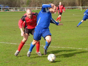 Photo: 01/04/06 v Ollerton Town (CMLP) 1-1 - contributed by Martin Wray