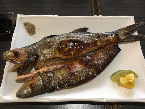 還不錯吃,價位實在! 可惜部分漁獲有點腥味⋯⋯