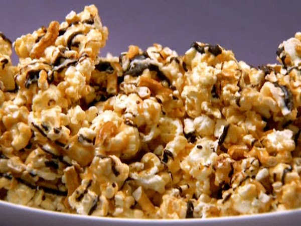 Sweet~n~salty Chocolate Popcorn Brittle Recipe