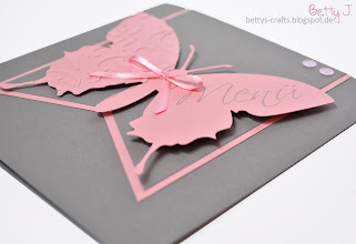 Photo: http://bettys-crafts.blogspot.de/2014/01/hochzeitsserie-mit-schmetterling-in_27.html