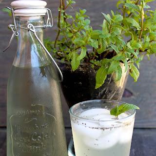 Cucumber Mint Chia Fresca