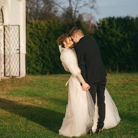 Wedding photographer Bogdan Danilyuk (Prestigeos). Photo of 26.11.2017