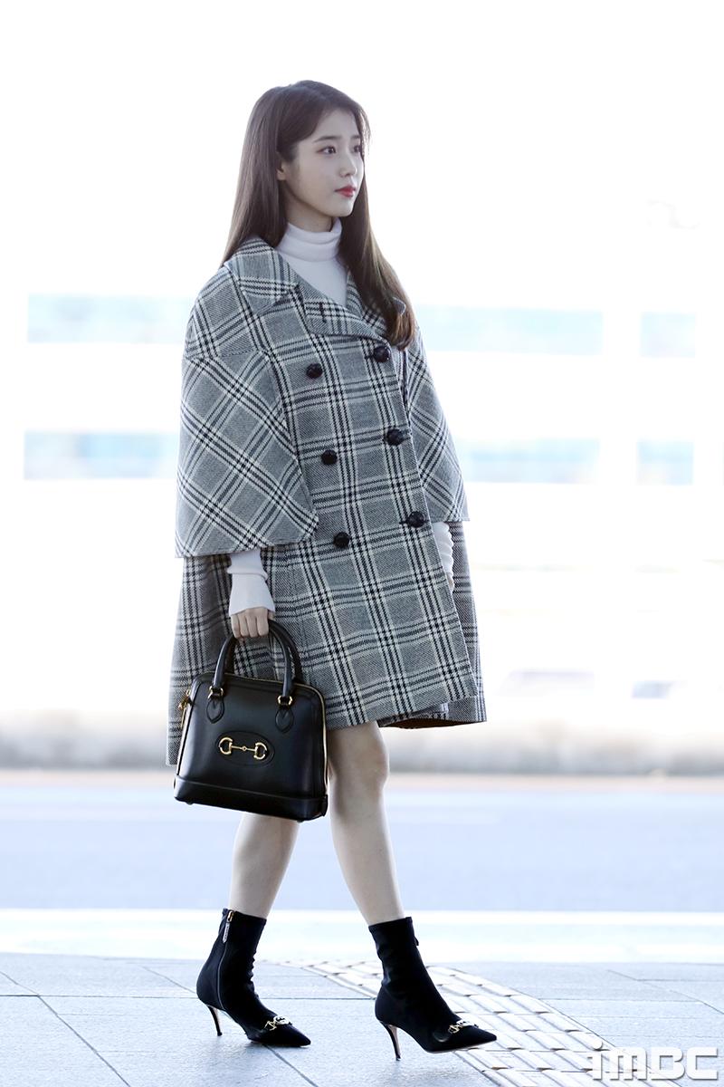 iu-airport-fashion-2020-02-18-2