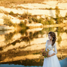 Wedding photographer Natasha Krizhenkova (Kryzhenkova). Photo of 14.05.2017