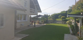 villa à Saint-Jeoire-Prieuré (73)