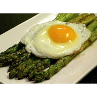 Fried Egg and Asparagus