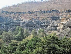 Photo: Les grottes d'Ajanta.