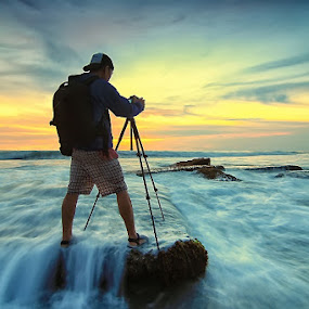 Landscaper by Krishna Mahaputra - People Portraits of Men ( canon, bali, sunset, indonesia, beach, landscape, photography )