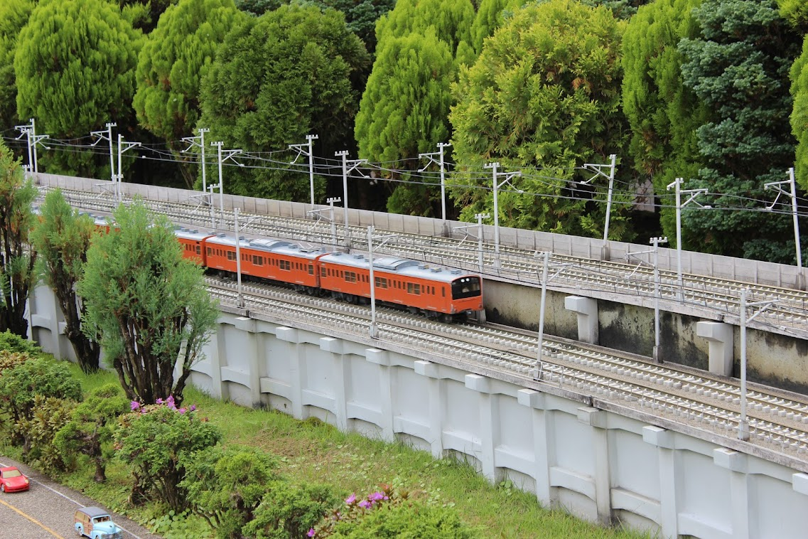 Много поездов, котики и кролики, природа, несколько замков, пара тайфунов и одна принцесса. Сентябрь-октябрь 2018г.