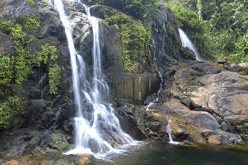 Belize-waterfall.jpg - A refreshing waterfall in Belize.