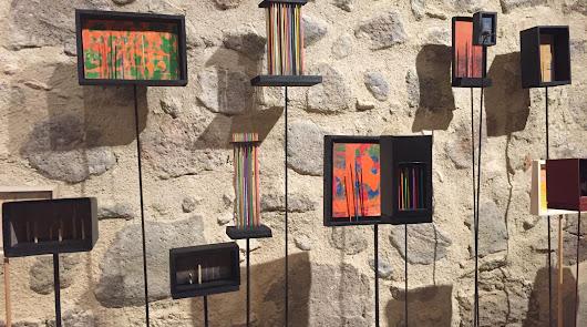 Arte y color en el Castillo de San Andrés con las obras de dos artistas locales