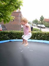 Photo: Twee = springen voor twee!