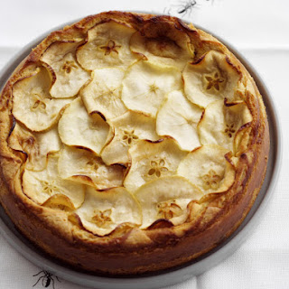 Cinnamon and Apple Cheesecake