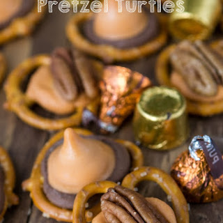 Pumpkin Spice Pretzel Turtles