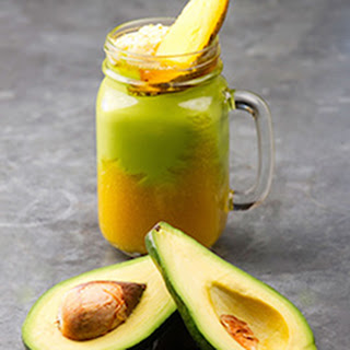 Mango-Pineapple-Banana Green Smoothie Recipe