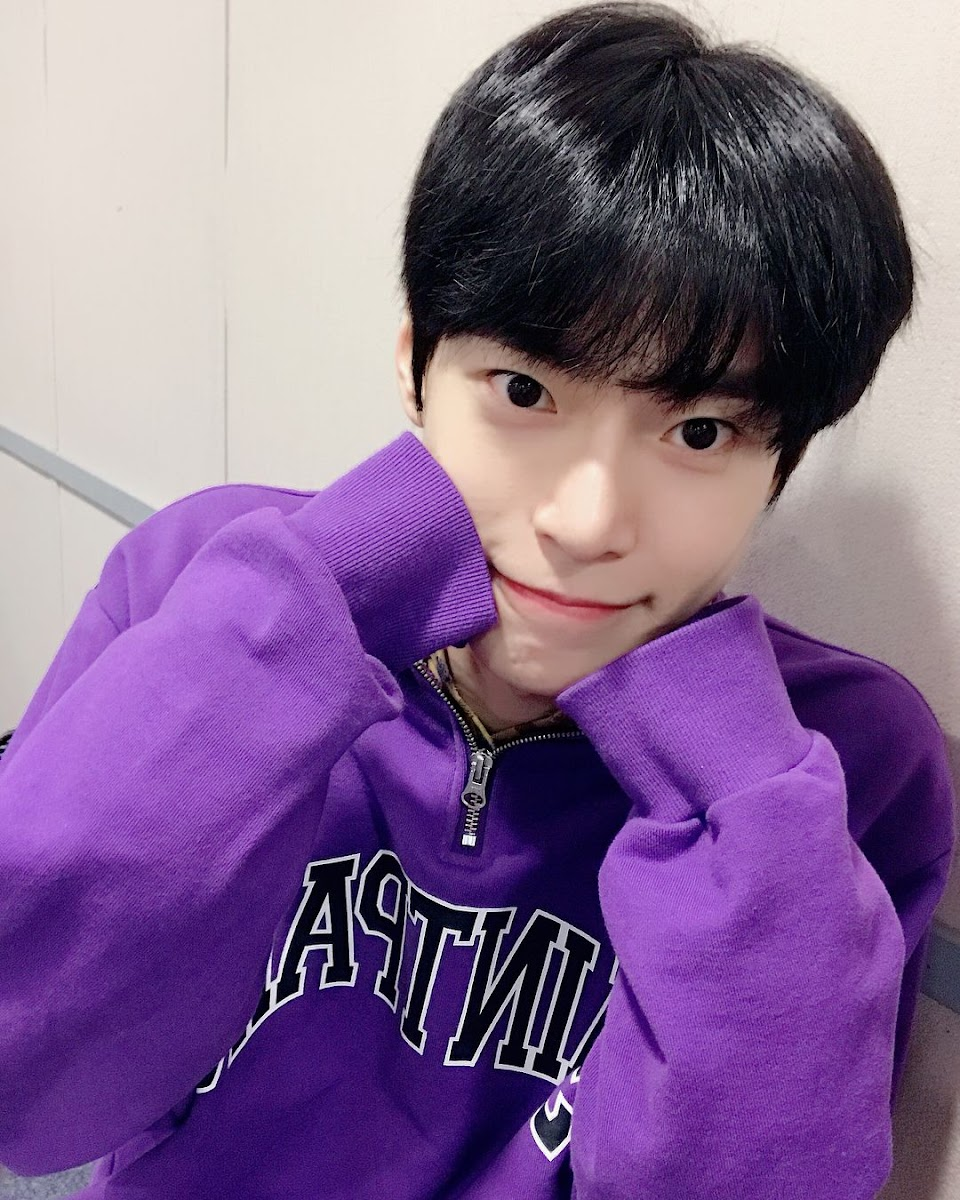 doyoung rainbow 21