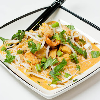 Panang Curry Paste Stir Fry with Shrimp and Baby Corn