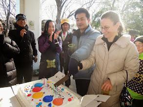Photo: 結婚式のケーキカットのリハーサル 日本とニュージーランドでやります