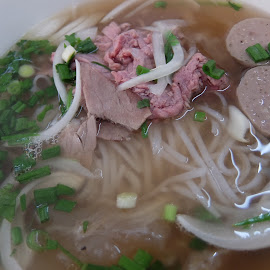 Beef Noodle - Pho by Beh Heng Long - Food & Drink Plated Food ( vietnamese food )