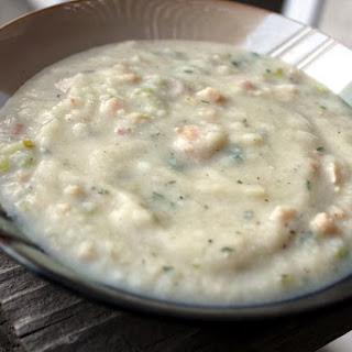 Creamless Cauliflower Clam Chowder With Bacon And Leeks
