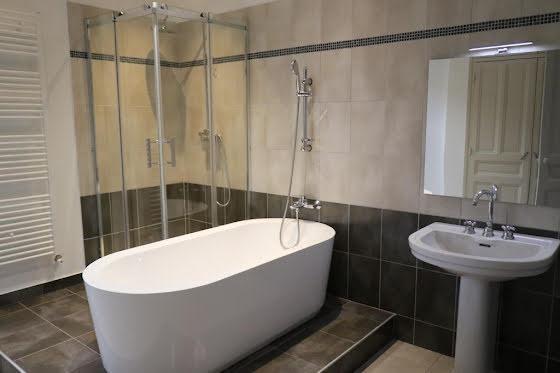 Location appartement 3 pièces 87 m2