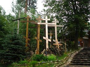 Photo: Początki Świętej Góry sięgają XII w. Wznosi się tu ok. 10 tysięcy krzyży.