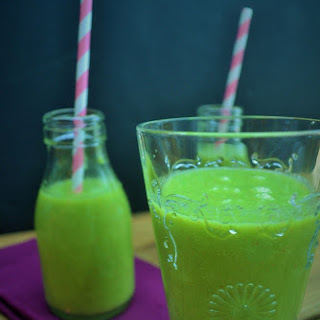 Lean Green Tropical Smoothie.