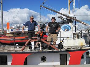 Photo: Charles Hedrich, Nelson Hedrich et le Rameur des Glaces sur Le Manguier entre Nome et Wales, Alaska