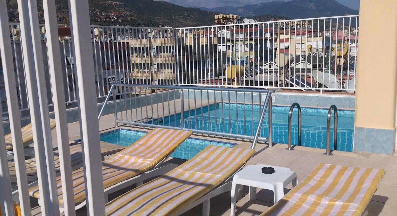 Sailorson Apart Hotel