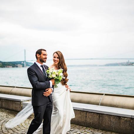 Wedding photographer Gözde Çoban (nerisstudiowed). Photo of 14.02.2018