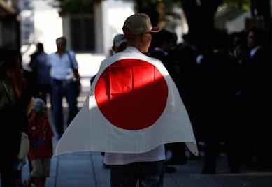 """【右翼とは何か?】""""ネトウヨ""""千葉麗子が誰も語らなかった戦後右翼のなりたちと「現代右翼」の実態をひも解く"""