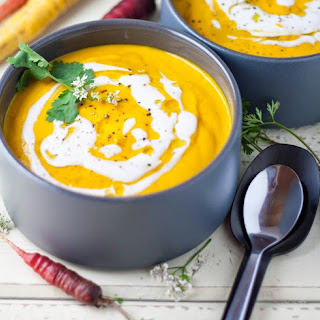 Simple Creamy Roasted Carrot Soup
