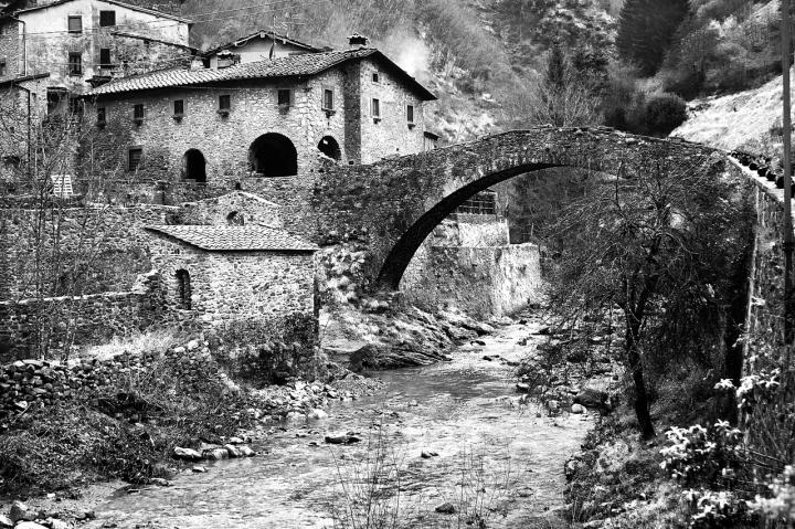 Ponte sulla Turrite Cava di vagero